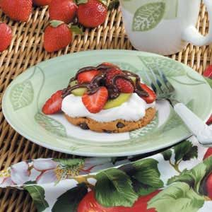 Fruity Cookie Tarts Recipe