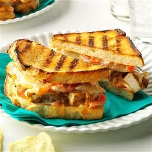 Chicken & Caramelized Onion Grilled Cheese Recipe