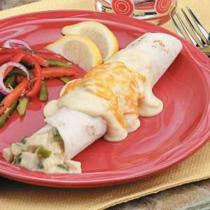 Turkey Enchiladas with Creamy Sauce