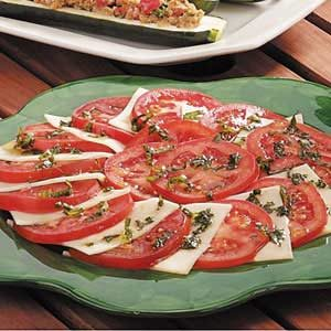 Tomato Basil Mozzarella Salad Recipe