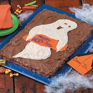 Ghostly 'Boo-Day' Cake