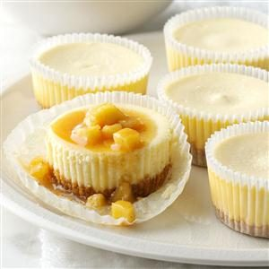 Easy Mini Caramel Apple Cheesecakes