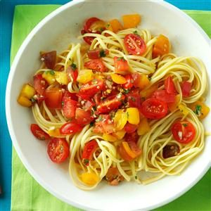 No-Cook Fresh Tomato Sauce Recipe