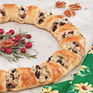 Turkey Crescent Wreath Recipe