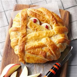 25 Snacks to Make for Your Halloween Party