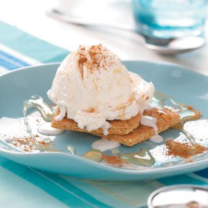 Cinnamon Graham Sundaes Recipe