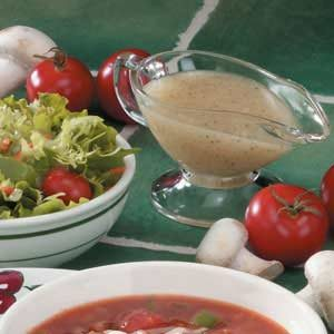Herbed Onion Salad Dressing Recipe