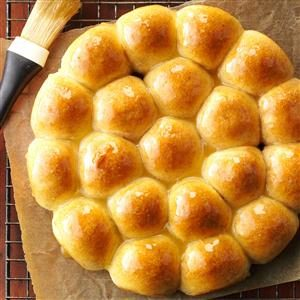 Honey Whole Wheat Pan Rolls Recipe