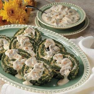 Spinach Spirals with Mushroom Sauce Recipe