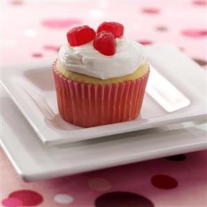 Berry Surprise Cupcakes
