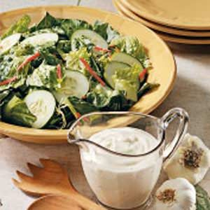 Creamy Buttermilk Dressing Recipe