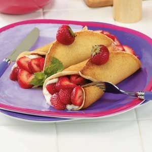 Berry Cream Pancakes Recipe