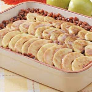 Maple-Apple Baked Beans Recipe