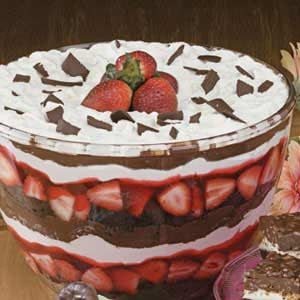 Chocolate Strawberry Punch Bowl Trifle Recipe
