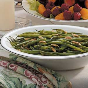 Thyme Green Beans with Almonds Recipe