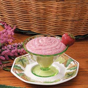 Chilled Strawberry Cream Recipe
