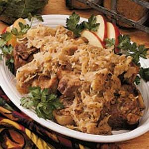 Country Pork 'n' Sauerkraut Recipe