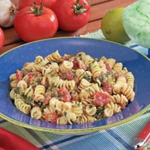 Tomato Spinach Spirals Recipe
