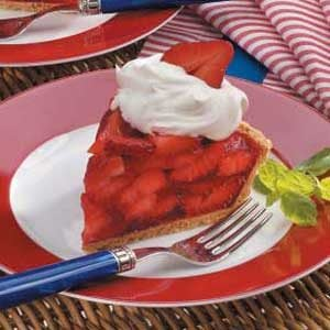 Light Strawberry Gelatin Pie Recipe