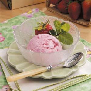 Strawberry Cheesecake Ice Cream Recipe