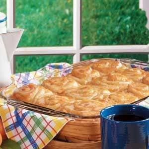 Apricot Breakfast Rolls Recipe