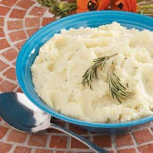 Garlic-Rosemary Mashed Potatoes Recipe