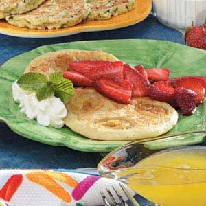 Banana Pancakes with Berries Recipe