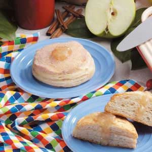 Apple Cinnamon Bismarcks