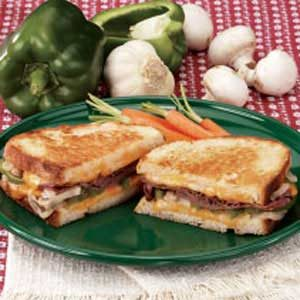 Contest-Winning Grilled Roast Beef Sandwiches Recipe