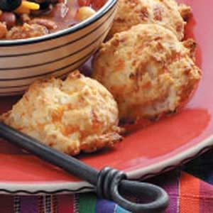 Cheddar Garlic Biscuits Recipe