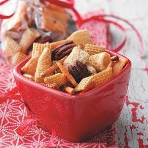 Reindeer Snack Mix Recipe