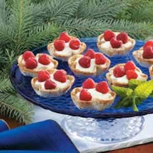 Raspberry Topped Cream Tarts Recipe