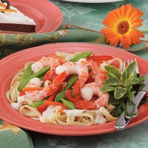 Shrimp 'n' Veggie Alfredo Recipe