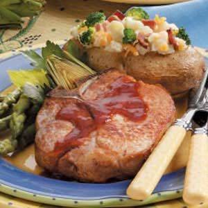 Quick Sweet 'n' Tangy Pork Chops Recipe