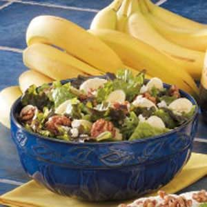 Banana-Nut Green Salad Recipe