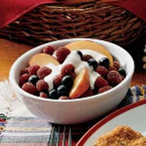 Fresh Fruit With Vanilla Cream Recipe