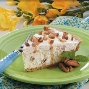 Caramel-Pecan Cheese Pie Recipe