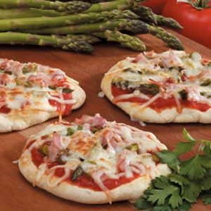 Grilled Asparagus Pizzas Recipe