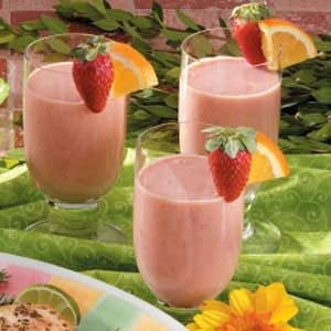 Mandarin Berry Cooler Recipe