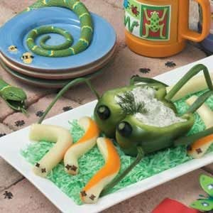 Cheese Worms with Grasshopper Dip