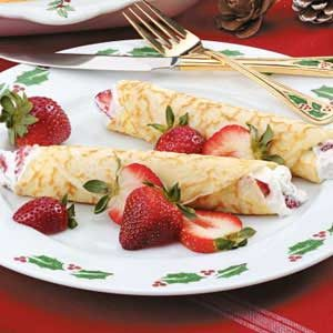 Creamy Strawberry Crepes Recipe