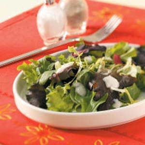 Yogurt-Herb Salad Dressing Recipe