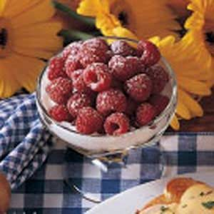 Sweet and Creamy Raspberries Recipe