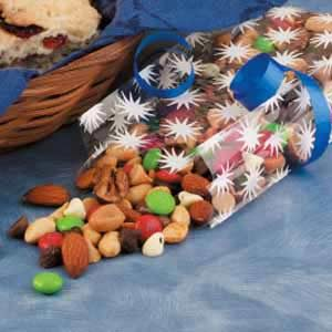 Chocolaty Christmas Snack Mix Recipe