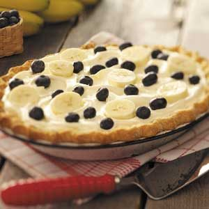 Creamy Banana-Berry Pie Recipe