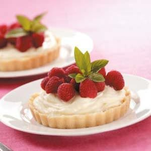 Raspberry Cream Tarts Recipe