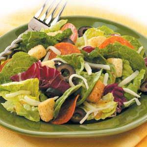 Pizza-Style Tossed Salad Recipe