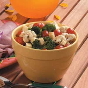 Mozzarella Veggie Salad Recipe