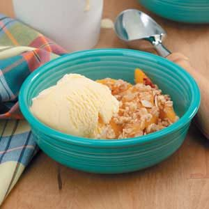 Peaches 'n' Cream Crisp Recipe