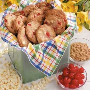 Vanilla Chip Cherry Cookies Recipe